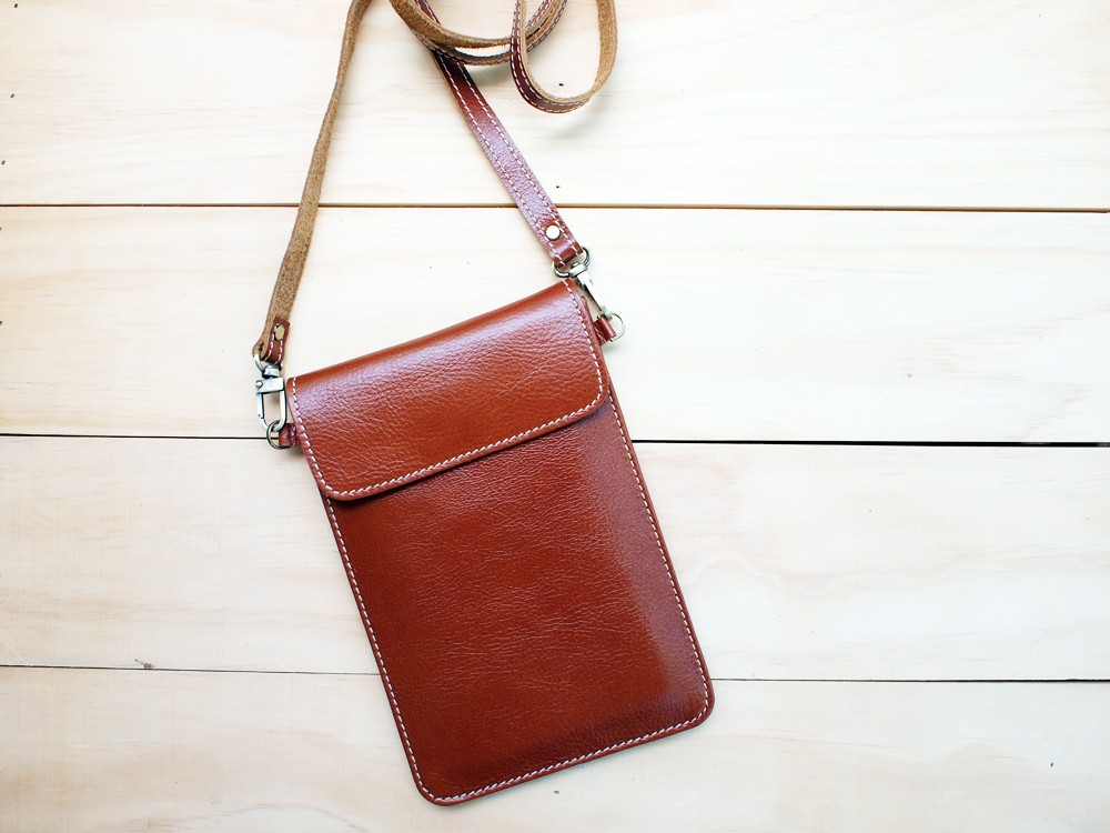 Passport, Travel, Leather Bag, Natural Brown on Luulla